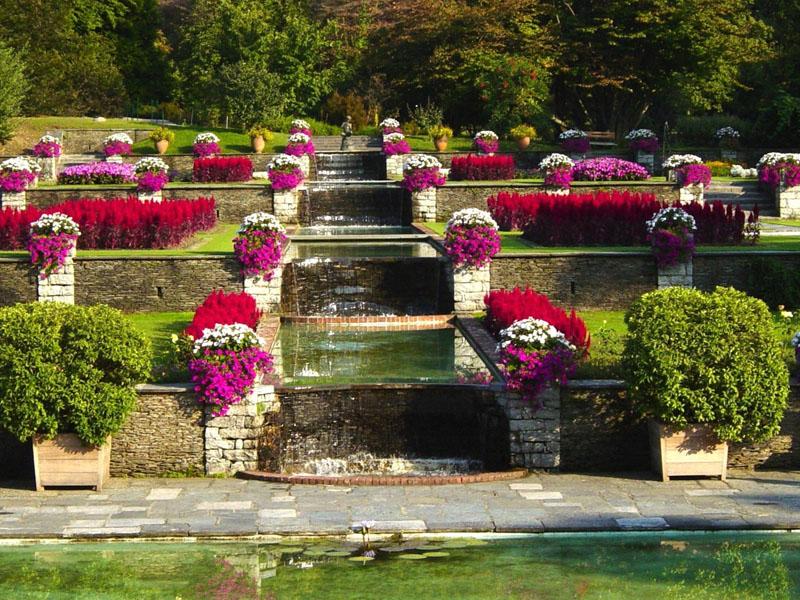i giardini di villa taranto serre aiuole floreali e gli